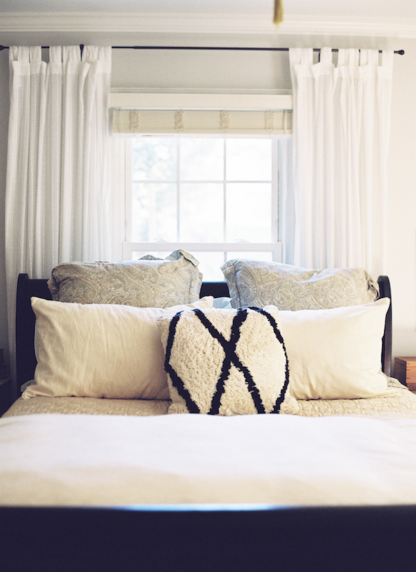 Organic home archives southern weddings for Queen bed against wall